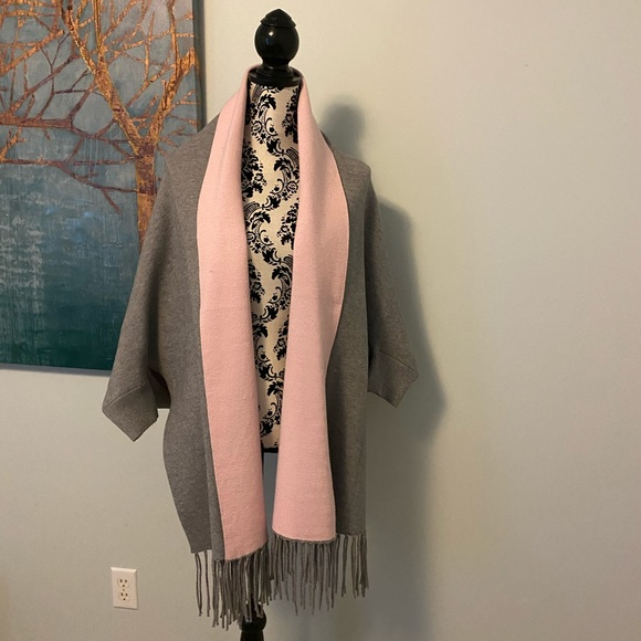 Pink and grey shawl with sleeves